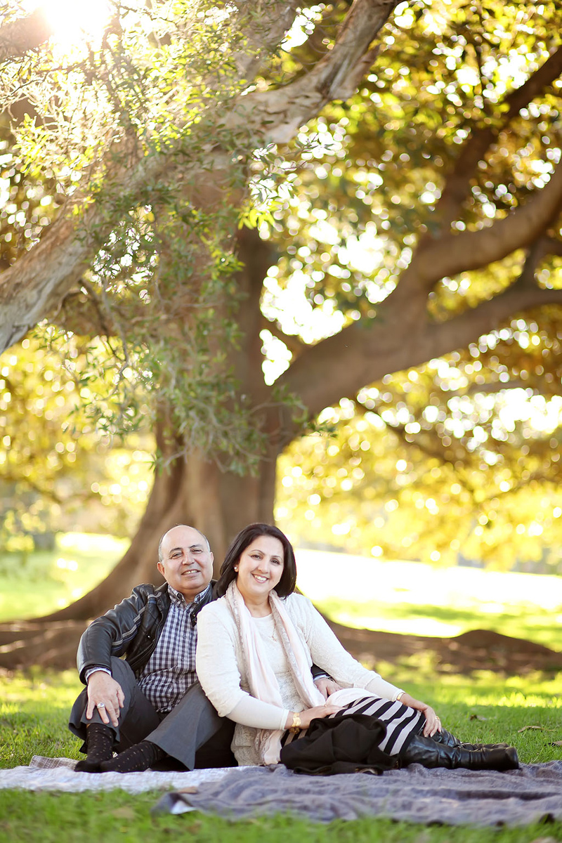 Sydney Family photography, Nav A Photography, Nava photography, Sydney family portraits, Sydney, canon, professional family portraits, outdoor family portraits, centennial park, Randwick, fun family portraits